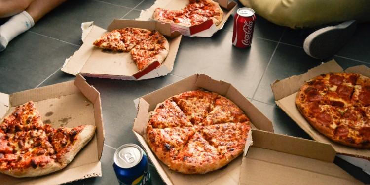 Munum að endurvinna pizzukassa og annan bylgjupappír